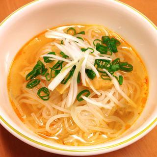 ピリ辛旨い! もやしのたれで簡単冷麺風スープ